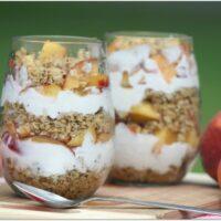Fresh peaches and yogurt parfait for snacks or breakfast